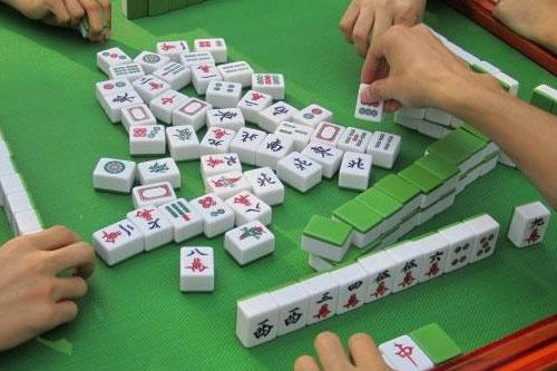 打麻将怎么胡牌