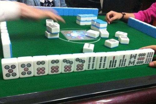 玩麻将一直输的原因是什么?